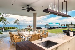 pandawa-cliff-estate-the-pala-outside-dining-and-bar-area