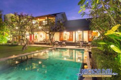 Villa-Balidamai-Pool-Area-Night-0516-Managed-by-Nagisa-Bali-272