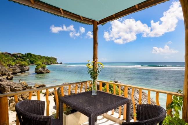 Villa-Impossibles-Pecatu-Bali-Alfresco-dining-in-front-of-bedroom-one-1000x668
