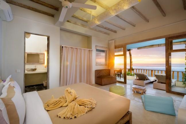 Villa-Impossibles-Pecatu-Bali-Bedroom-one1-1000x668