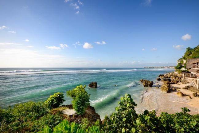 Villa-Impossibles-Pecatu-Bali-Private-beach1-1000x668