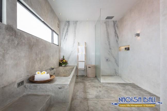 Villa-Mikayla-Bathroom2-3619