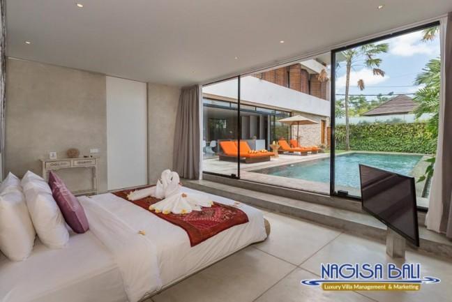 Villa-Mikayla-Bedroom1-3512