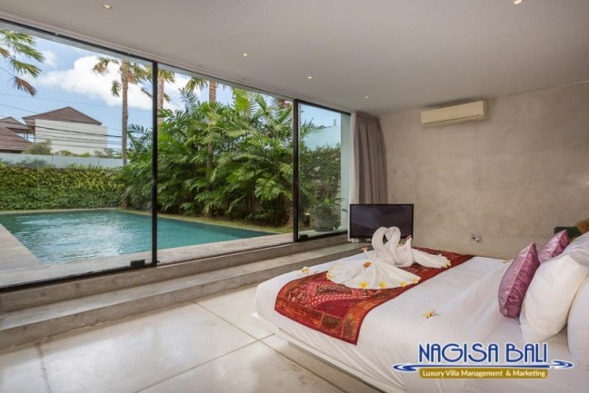 Villa-Mikayla-Bedroom1-3514