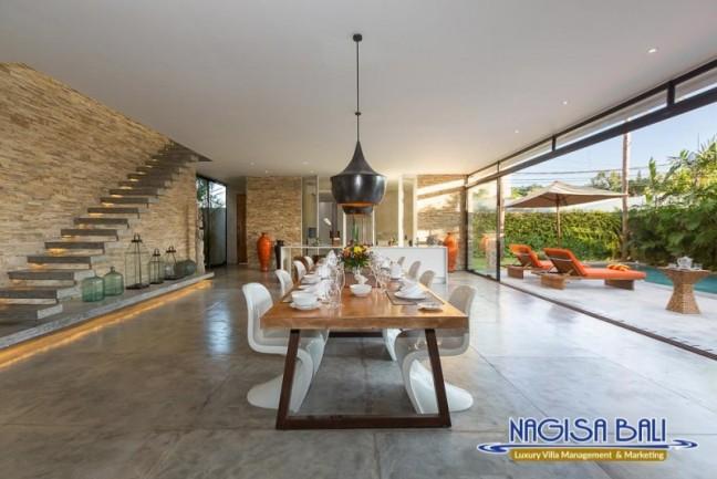 Villa-Mikayla-Dining-Area-3913
