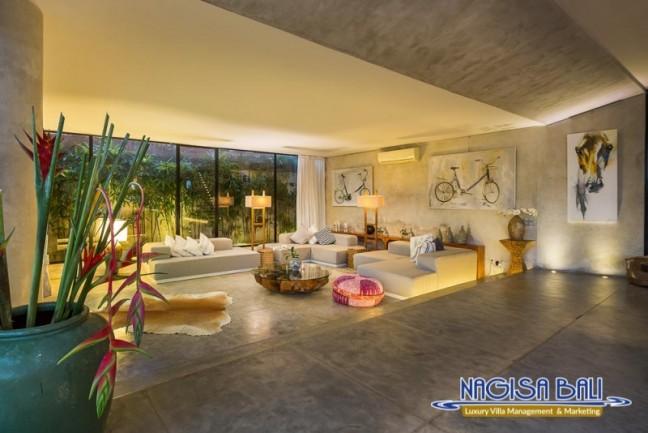 Villa-Mikayla-Lounge-Area-3966