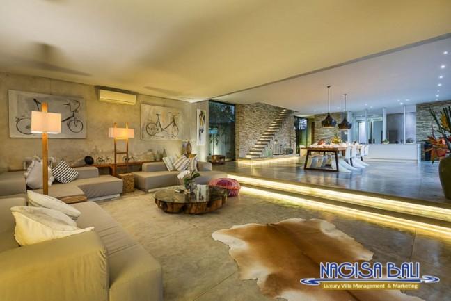 Villa-Mikayla-Lounge-Area-3971