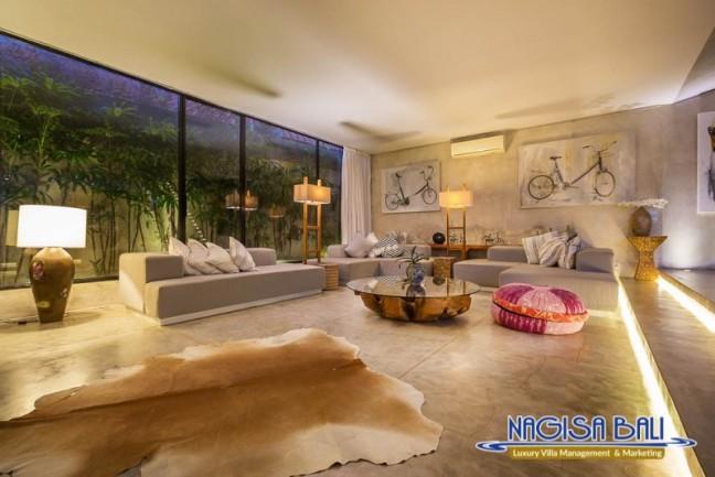 Villa-Mikayla-Lounge-Area-3978