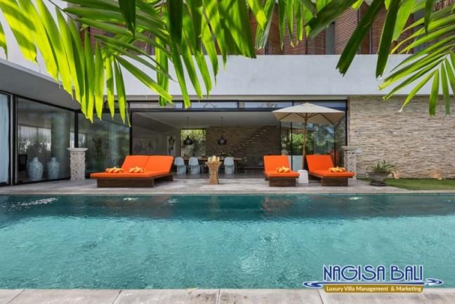 Villa-Mikayla-Pool-Area-3501