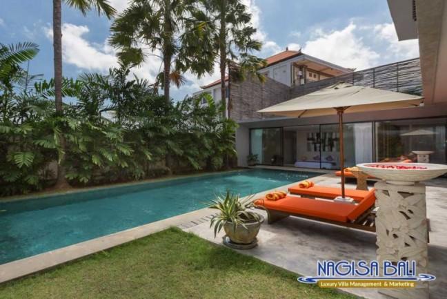 Villa-Mikayla-Pool-Area-3740