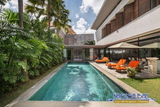 Villa-Mikayla-Pool-Area-3765