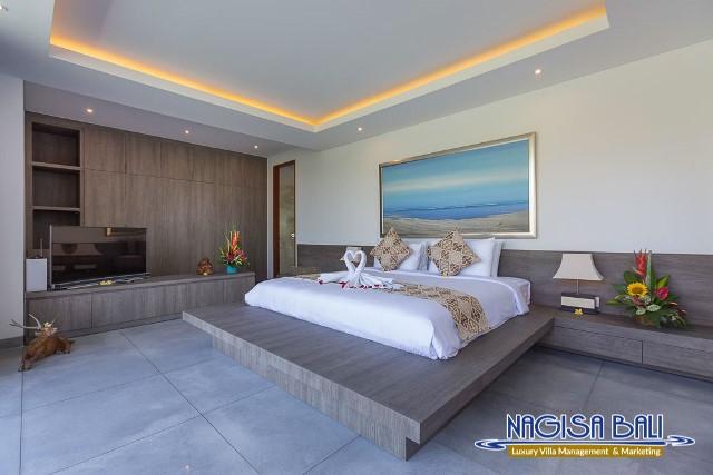 Villa-Roemah-Natamar-Bedroom2-0267low-Res-w-logo