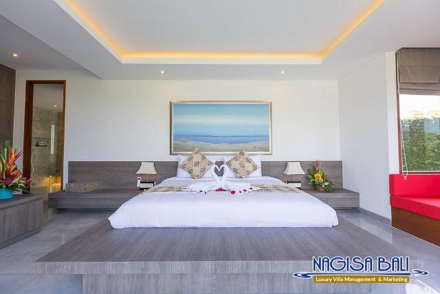 Villa-Roemah-Natamar-Bedroom2-0268low-Res-w-logo