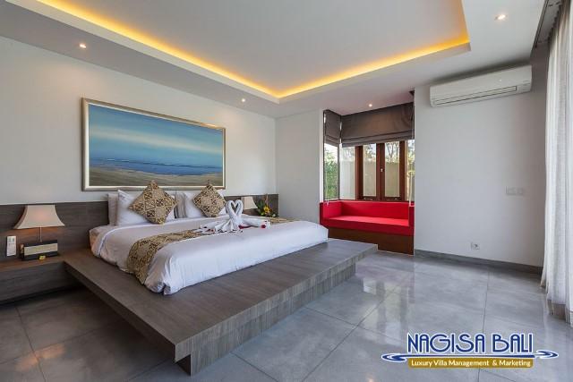 Villa-Roemah-Natamar-Bedroom2-0271low-Res-w-logo
