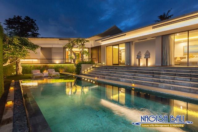 Villa-Roemah-Natamar-Night-0453low-Res-w-logo