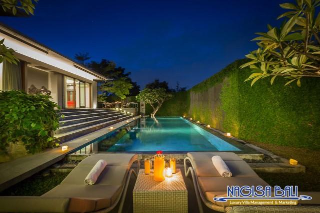 Villa-Roemah-Natamar-Night-0460low-Res-w-logo