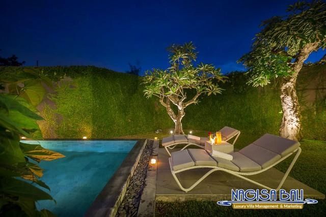 Villa-Roemah-Natamar-Night-0461low-Res-w-logo