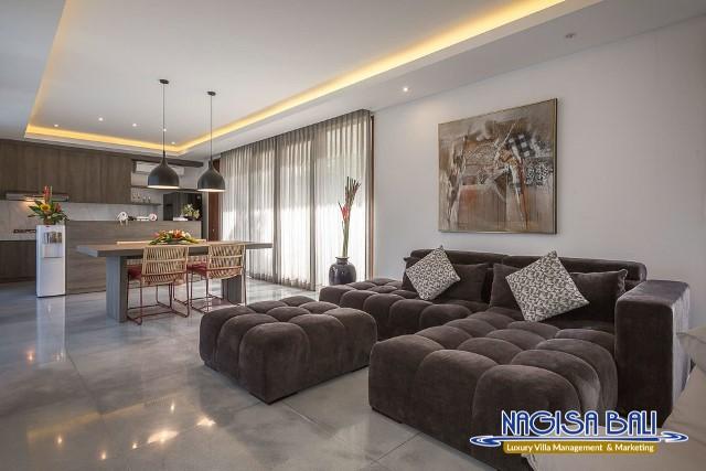 Villa-Roemah-Natamar-lounge-Area-0339low-Res-w-logo