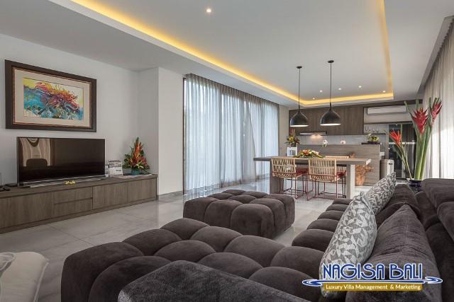 Villa-Roemah-Natamar-lounge-Area-0342low-Res-w-logo